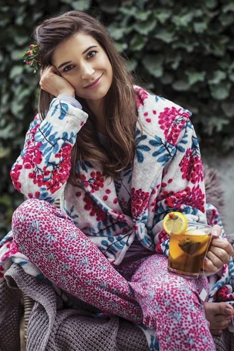 95b7850f8acc Женские халаты (махровые, велюровые, шелковые) - купить в Харькове ...